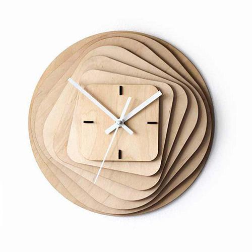 ساعت دیواری چوبی طرح مربع